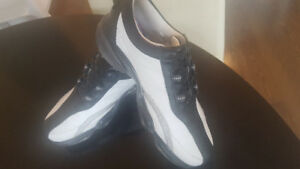 Foot Joy golf shoes women's 6.5 almost new