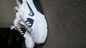 Nike air max sneakers size 8