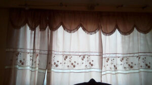 curtains with frills