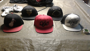 Casquettes snapback mitchell&ness a vendre
