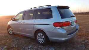 Honda Odyssey 2010, 8 seated Van/ Bus clean good condition