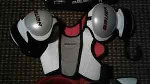 Hockey Equipment for Youth-  ages 5 to 6 Peterborough Peterborough Area image 4