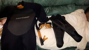 Bodyglove Wetsuit, snorkel and flippers