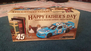New in BoxHappy Fathers Day 1:24 Scale Stock Car Limited Edition