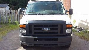 2009 Ford E150 Camionnette