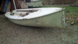 15' Albacore as a project or for parts