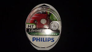 Philips Longlife EcoVision H7 Headlight Bulbs (pack of 2)