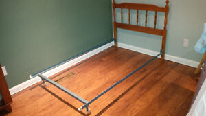 Single Bed with Headboard, Frame and Box Spring Kitchener / Waterloo Kitchener Area image 2