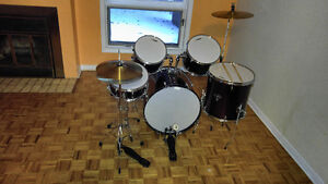 ONSET Drum set for sale $220