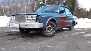 Looking for old volvo's