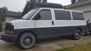 2009 GMC Savana very low KM
