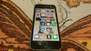 Like New iPhone 5S Black 16gb UNLOCKED