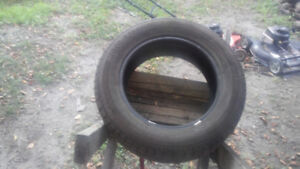 motomaster SE2 excellent condition 215/60 /16