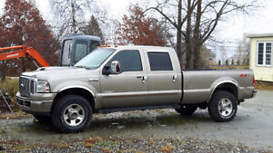 2006 Ford F-350 full equipée Camionnette