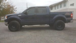 Ford F-150 SuperCrew FX4 *** EXTRA NICE *** CERT $11995