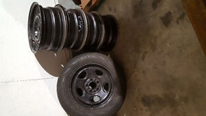 16X7 RIMS AND SPARE FOR CHRYSLER CAR