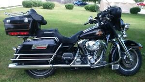 Harley Davidson 2000 FLH Classic.  *****REDUCED****