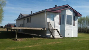TO BE MOVED 2006, 20x60 Winalta, renovated 2 bedroom mobile home