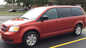 2010 Dodge Grand  Caravan , Stow and go ,2 sets of tires,E test