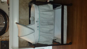 Wooden Bassinet in excellent condition