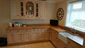 Magnet Shaker Kitchen - Units, worktops, sink & dishwasher