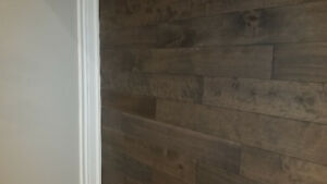 Hardwood & Laminate Flooring less than $2.10/Sq/ft! Brand New!