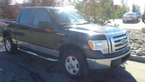 2011 Ford F-150 SuperCrew XLT Truck V8