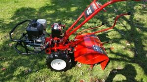 TROY BUILT BIG RED HORSE ROTOCULTEUR COMME NEUF