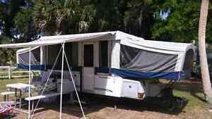 Trailer-tente - tente roulotte Fleetwood -Willimburg 2006