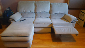 Sectional Chaise Recliner (Grey)