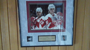 Steve Yzerman and Sergi Fedorov signed picture