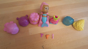 Bubble Guppies Hair Salon toy