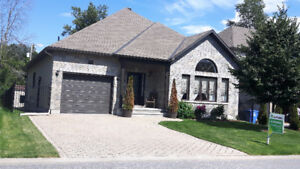 House Bungalow for sale in Aylmer