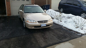 2000 Honda Accord Fully Loaded, Excellent condition with Low Km