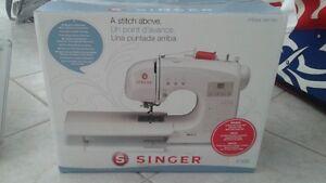 Sewing machine - Singer 4166