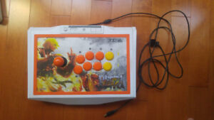 Mad Catz Street Fighter V Arcade FightStick TE2 for PS4 and PS3