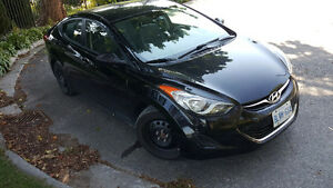 2012 Hyundai Elantra GL Sedan - Great Commuter!