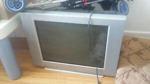 tv à donner