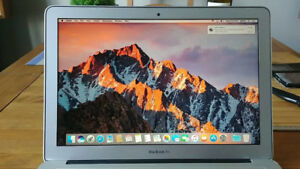 "Apple Macbook Air 13"" 256gb SSD"