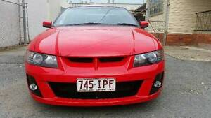 vz hsv clubsport bumpers and wing Surfers Paradise Gold Coast City Preview