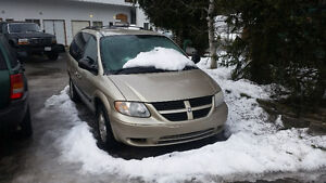 2006 Dodge Grand Caravan Minivan, Van for parts due to blown PCM