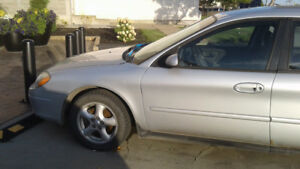 2002 Ford Taurus SE  **REDUCED**