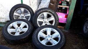4 pneus + mags 275/60R20