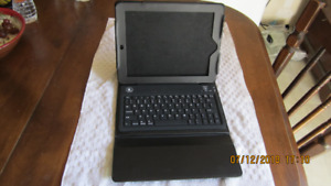 case and Bluetooth keyboard for I Pad