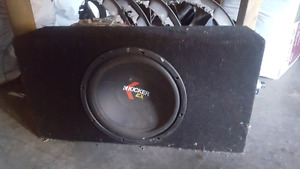 "10"" kicker sub and 400W Amp"