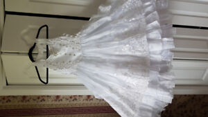 Girls gorgeous white chiffon dresses.