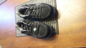 new size 10 mens work shoes steel toe and plate