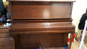 Upright 1913 Piano for Free!