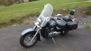 **Reduced Price** 2004 Suzuki Intruder Volusia 800