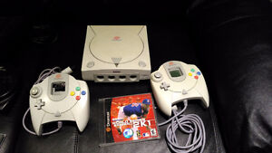 Sega Dreamcast with 2 controllers and games Cambridge Kitchener Area image 1